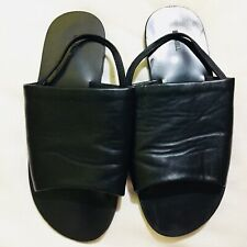 BY MILL LEATHER SLIP ON SZ8