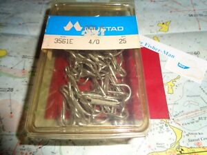 MUSTAD 4/0 TREBLE HOOKS QUALITY 3561E MUSTAD HOOKS 25 PER PACK MADE IN NORWAY