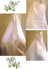 "Beautiful David's Bridal Michaelangelo Wedding Dress Size"" 6"""