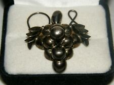 Silver Ornate Collectible 1960'S Estate Vintage Grapes Brooch Pin Sterling