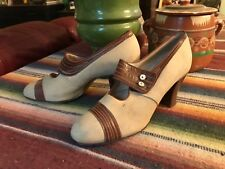 1920's Art Deco Two Tone Tan canvas & Brown Leather Flapper Shoes 4-5