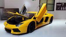 Voitures, camions et fourgons miniatures jaunes WELLY pour Lamborghini