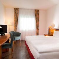 3 Tage Berlin Kurzurlaub 4* Hotel Wyndham Garden Hennigsdorf City Trip Kurzreise