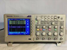 Tektronix TDS2024C FOUR CHANNEL DIGITAL STORAGE OSCILLOSCOPE 200MHz 2GS/s