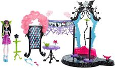 "Monster High Dance the Fright Away Playset with 10"" Draculaura Doll - NEW"
