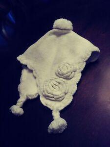 Old Navy 3-6 Months Baby Girl Winter Hat White Gold Flecks Pom Pom