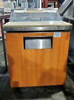 "TRUE TSSU-27-08-HC 27"" SANDWICH SALAD PREP TABLE W/ REFRIGERATED UNDERBASE"