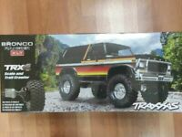 Traxxas 82046-4 TRX-4 1/10 Trail Crawler Truck w/'79 Bronco Ranger XLT Body Red