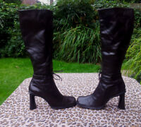 Vintage Laura Leather Knee high Boots Made in Italy UK size 6 EU 39