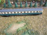 Fleischmann  Schnellzugwagen 2. Klasse  guter Zustand, Spur N
