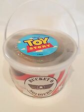 Disney vintage Toy Story Bucket O Soldiers SEALED NEW 72 soldiers 2 parachutes