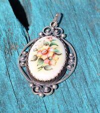 Vintage Sterling Silver & Porcelain Floral Pendant (5g)