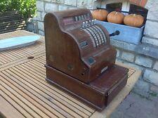 Ancienne Caisse enregistreuse en bois de boutique magasin épicerie  années 1930