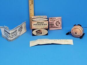 VINTAGE JOHNSON PINK PRINCESS FISHING REEL MODEL 100-AP MADE IN USA