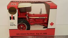 Ertl International Farmall 856 1/16 diecast metal farm tractor by Scale Models