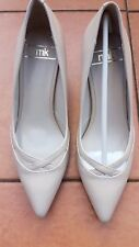 NWB RMK Ladies Alison Flesh Heels Shoes Size: 40