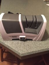 Smiths Tri-Stage Deluxe Diamond Electric Knife Sharpener ELECTRIC/MANUAL OPT
