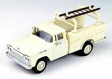 Classic Metal Works HO 30462 1960 Ford F-100 Utility Truck, Corinthian White