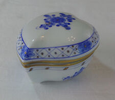 HEREND BLUE CHINESE BOUQUET HEART TRINKET BOX