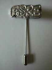 a tie stick pin Hat Scarf Fore Tg7 Golfing Fine Pewter on
