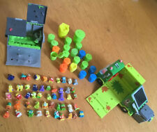 trash pack bundle 50 Figures And Garbage Truck and bin