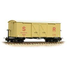 Bachmann 393-030, 009 scale,Bogie Covered insulated Goods Wagon  SR buff