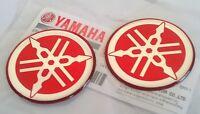 2 x Yamaha 100% Genuine 40mm Diapason Rosso Decalcomanie Adesivi Badge