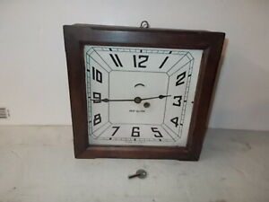 New Haven 8 Day Miniature Gallery Clock