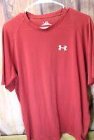 Under Armour large Red Heat Gear Short Sleeve Men's Shirt