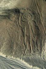 Lámina-líneas de Nazca Perú Astronauta (imagen de arte cartel Alienigenas ancestrales)