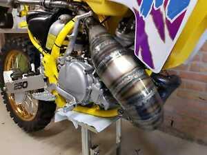 exhaust Suzuki RM250 (1992) DPR exhaustpipe Suzuki RM250 pipe exhaust Suzuki RM