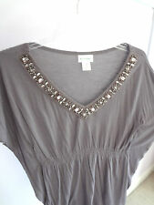 MOTHERHOOD MATERNITY GREY V NECK TOP SHIRT WITH BEEDS BUTTERFLY SLEEVE MEDIUM