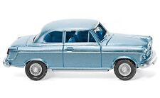 #082303 - Wiking Borgward Isabella Limousine - eisblau met. - 1:87