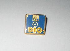 Pin's banque Crédit Lyonnais / Disquette PC DIO (Disket Input Output) zamac