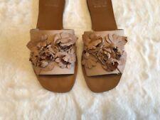 Gianni Bini Lt Brpwn Beige Sandals Size 6.5 Floral Leather Slip On Flat Charisma