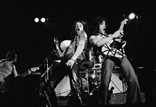 Suppwwe Van Halen Poster Print Black and White Early Club Days (24x36)