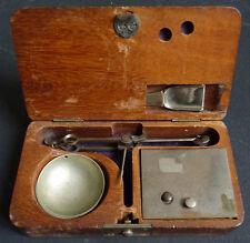 Petite balance d'orfèvre trébuchet avec poids  19e siècle