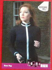 THE AVENGERS - Card #77 - Diana Rigg - SERIES ONE - Strictly Ink 2003