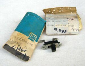 1969-1972 Chevrolet GMC Truck NOS GM Cargo Light Switch 1970 1971 C10 C20 C30