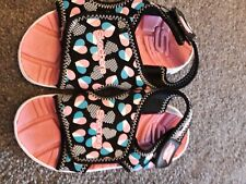 Girls Sketchers Beach Sandals Size 9 Lovely And Light to Wear.