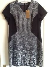 Polyester V-Neck Casual Textured Dresses for Women