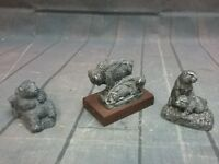 PEARLITE BEAR SITTING ON LOG, RESIN 2 BEAVERS, AND 2 BISON HANDCRAFTED