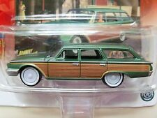 JOHNNY LIGHTNING - WHITE LIGHTNING - 1960 FORD COUNTRY SQUIRE STATION WAGON