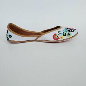 Hinds Footwear White Punjabi jutti Indian Flat shoes mules Bohemian Sandals Wome