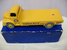 "Dinky Toys 933 Leyland Comet ""Ferrocrete"" VVNMIB"