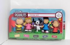 Peanuts 5 Figure Set The Gang's All Here Charlie Brown Sally Snoopy Lucy Linus
