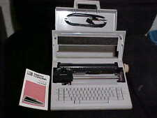 Smith Corona XE 6100 Spell Right 2 Dictionary Electronic Typewriter
