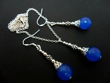 A BLUE JADE BEAD NECKLACE AND EARRING SET  WITH 925 SILVER HOOKS.
