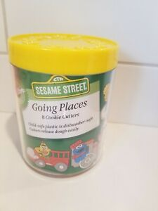 Wilton Sesame Street Going Places 8 Cookie Cutters Vintage 1990
