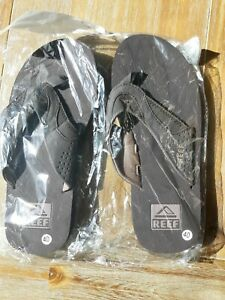 Mens Reef flip flops size 9 (New In package)